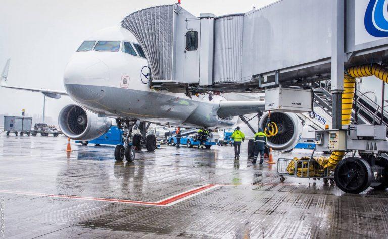 stalo-vidomo-skilki-rejsiv-obsluzhiv-kozhen-aeroport-ukraini-v-2018-roci
